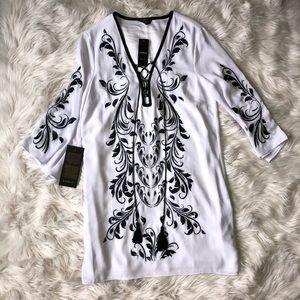 NWT Bebe Embroidered Floral Kimono Dress
